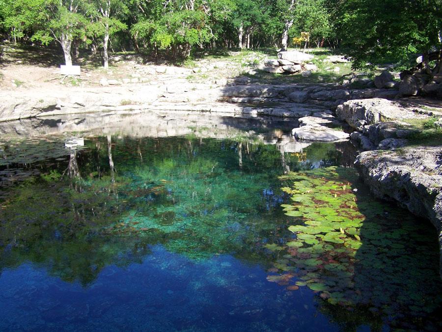 El Cenote Xlacah, Yucatán