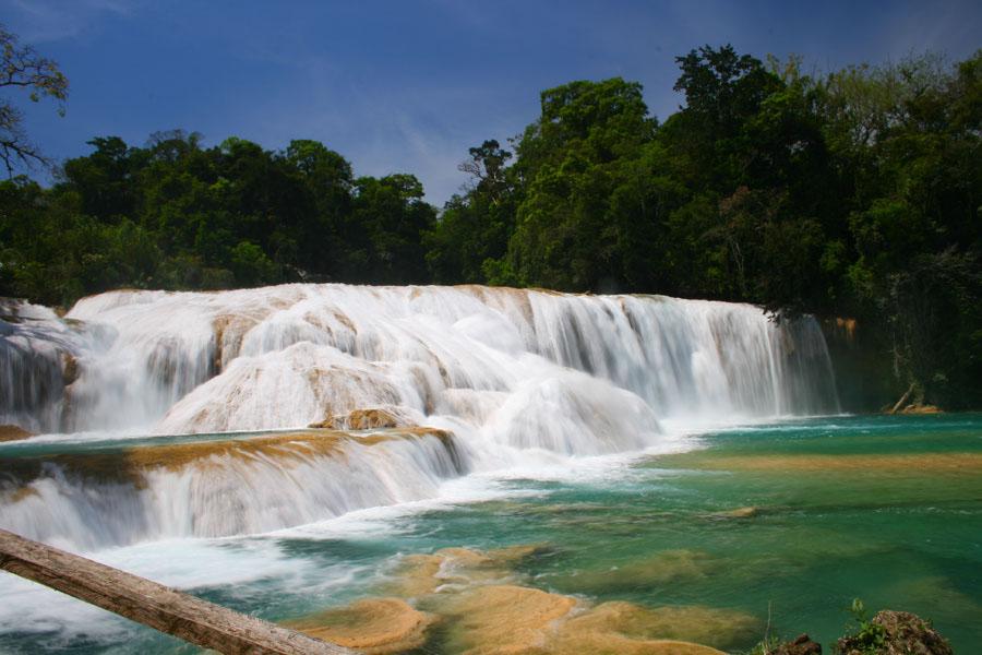 Las Cascadas Agua Azul En Chiapas