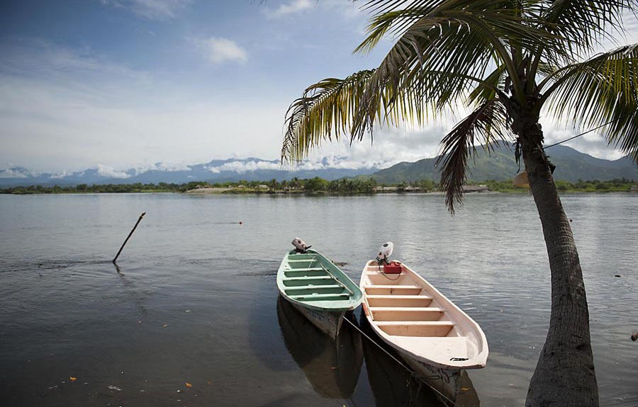 Disfrutando Del Sol, Arena Y Mar En Las Playas De México