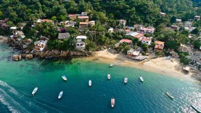 El Pacífico Y La Belleza De Sus Playas