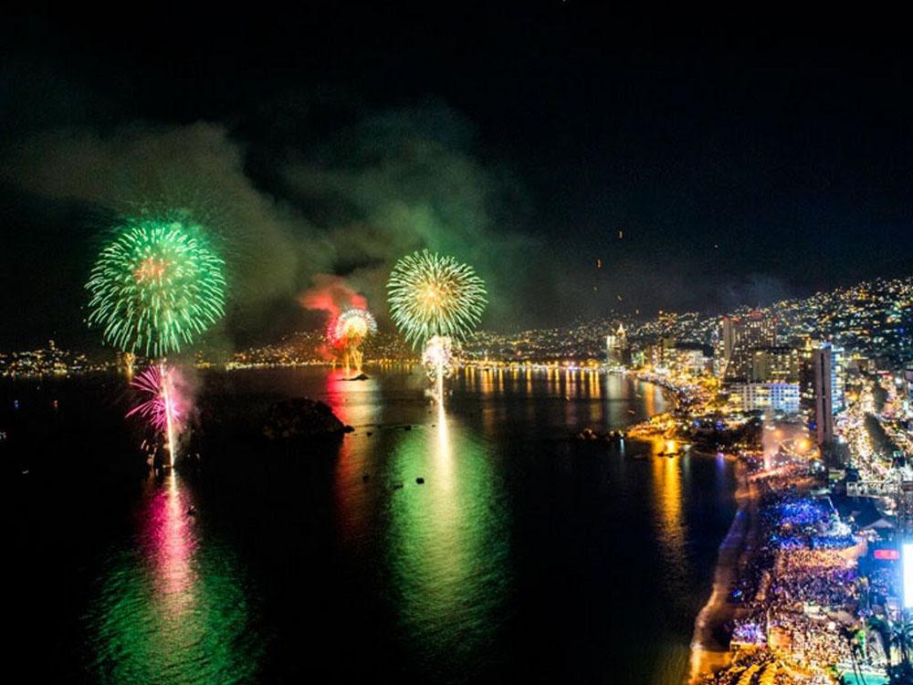 Grito De Independencia En Acapulco