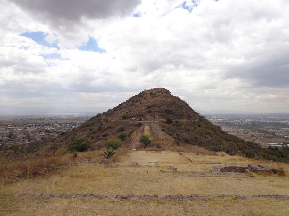 Sitio Arqueológico De Tetzcotzinco
