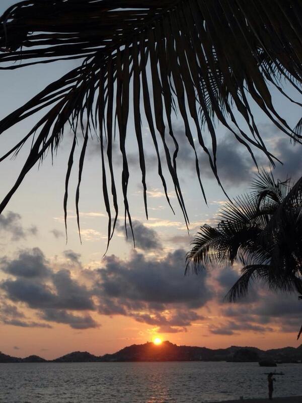 Fotos De Playa Icacos Guerrero
