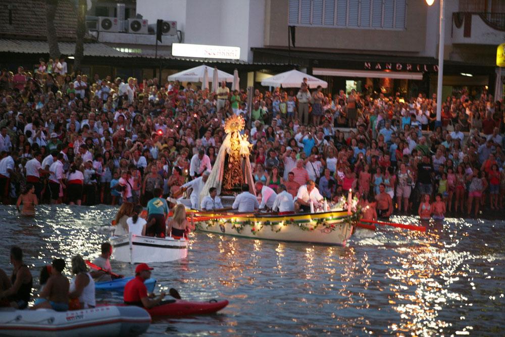 Fiestas Y Tradiciones En Playa Del Carmen