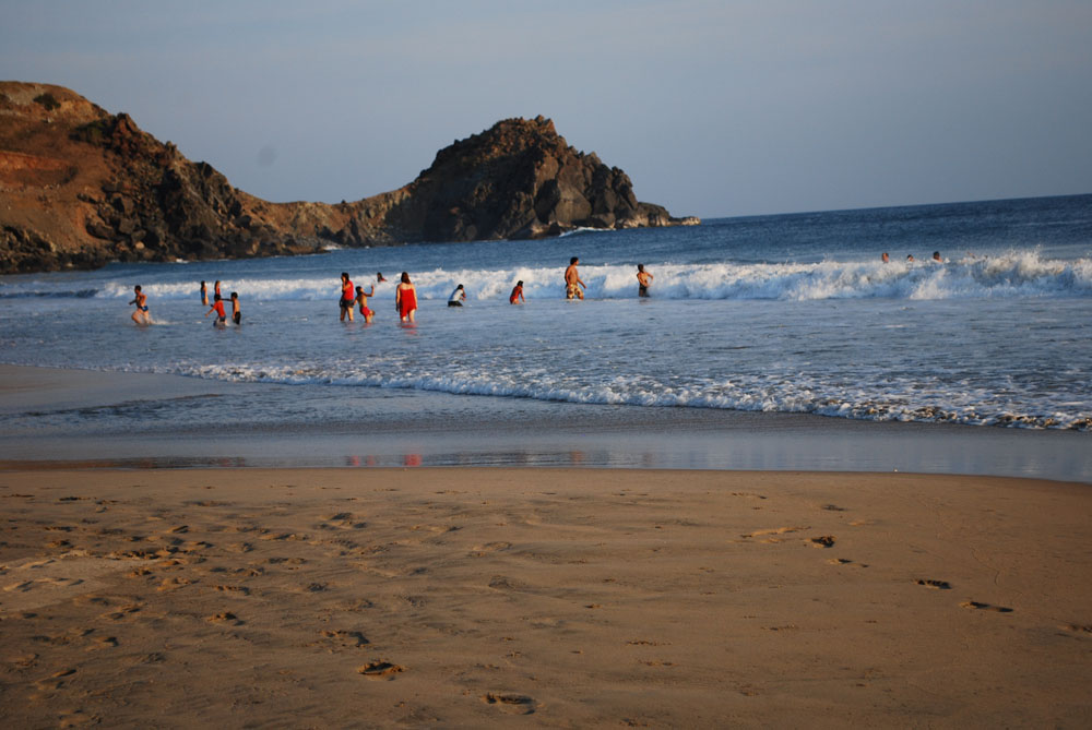 Fotos De Playa Piedra De Tlacoyunque