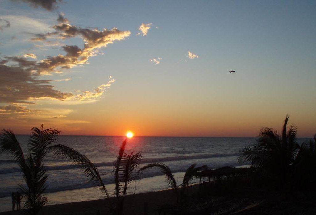 Visita Playa Ventura Una De Las Más Hermosas En Guerrero