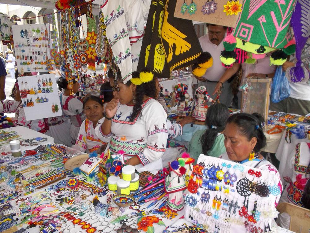 Lugares Donde Puedes Comprar Artesanías En Acapulco, Guerrero