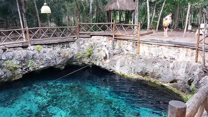 El Maravilloso Cenote Zazil Ha