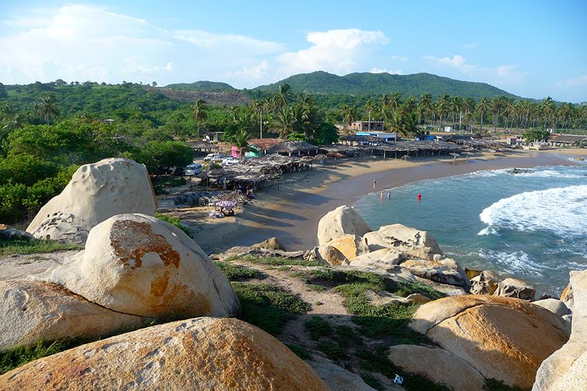 ventura_beach_in_guerrero__mexico-2.jpg