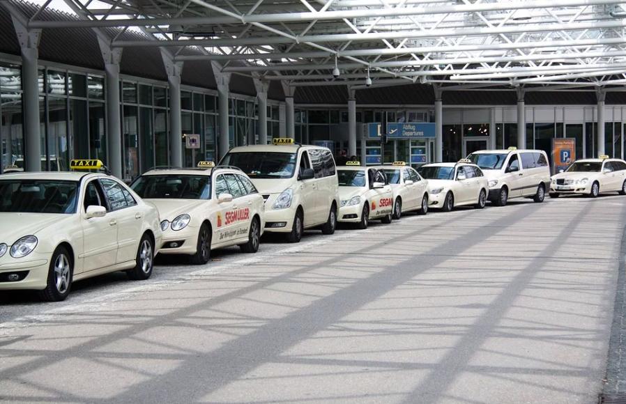 Por Qué Contratar Una Empresa De Transporte Cuando Llegues Al Aeropuerto De Cancún