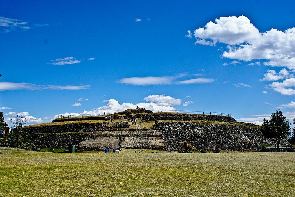 Visita El Sitio Arqueológico De Cuicuilco