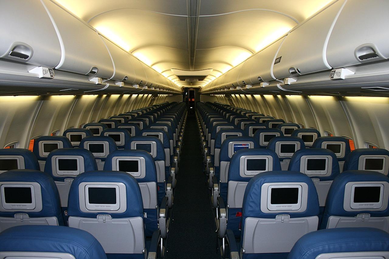 Covid 19: Si Debes Viajar En Avión Sigue Estas Medidas De Higiene