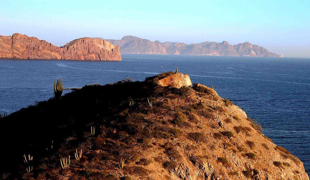 Playas Mexicanas Que Se Encuentran Cerradas Por El Covid 19