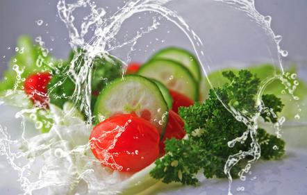 Coronavirus: Consejos De Higiene Para Manipular Alimentos Frescos Y Prendas De Ropa