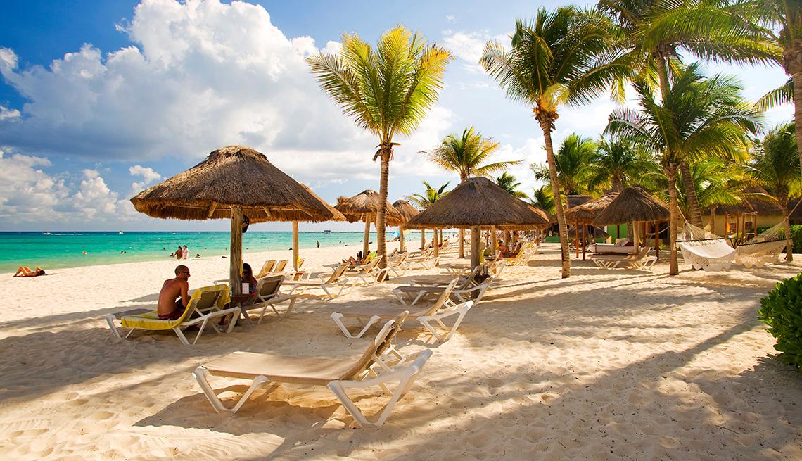 Covid 19: Habitantes De Playa Del Carmen Y Cancún Rechazan El Confinamiento