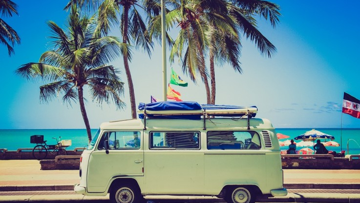 ¿Vas Para La Playa Y Te Falla La Batería? No Salgas Sin Saber Si Debes Cambiarla